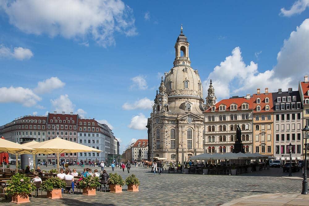 Landeshauptstadt Dresden mit Blick auf die Frauenkirche